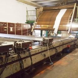 Reggiani flatbed printing machine, -working width 3200mm, -year 1985-1988, reconditioned in 2000, -11 screen-colours , with rubber sqeezers