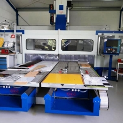 5 axis CNC machines Pade spin  Manufacturer Pade-Italy Type: SPIN BJ 2010
