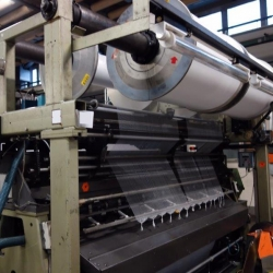 Karl Mayer Raschel Machine Year: 1990 Working width: 2500 - 2800